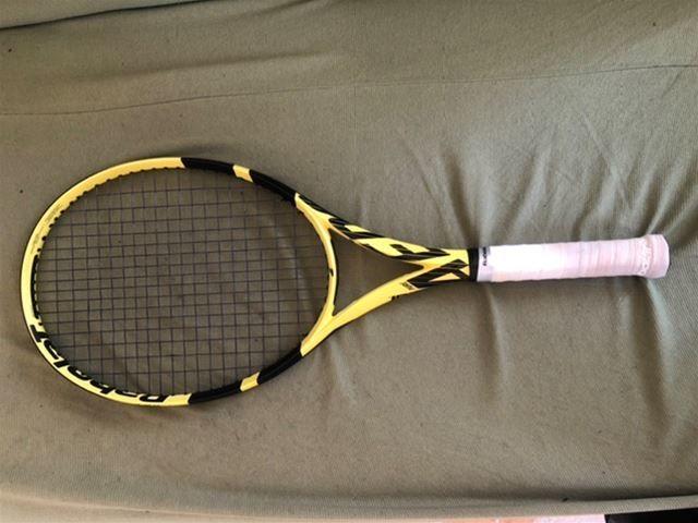 Vendesi racchetta tennis Pure Aero manico 3